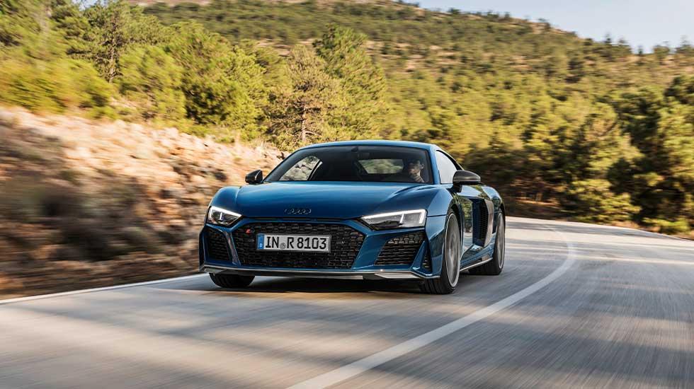 Audi R8 Coupe blue